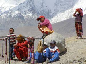 2007 Kinder am Karakul-See