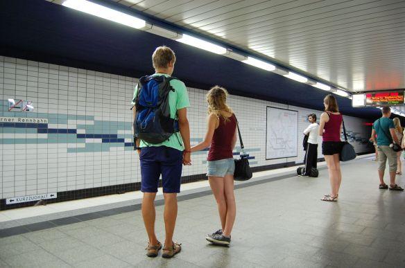 Hambation Horner Rennbahnurg, U-Bahn-St