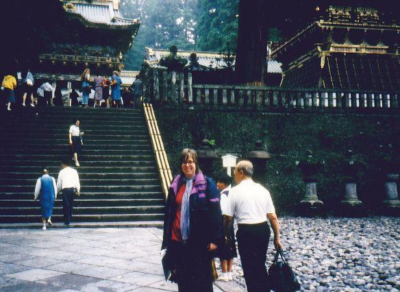 Da stehe ich vor den prachtvollen Tempeln von Nikko und freue mich, dass es nicht regnet