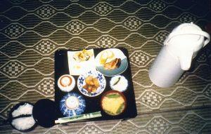 Das Frühstück in der Jugendherberge von Noboribetsu