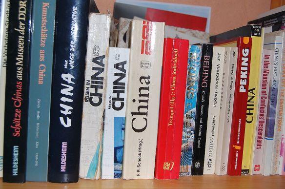 Bücherregal China Reiseführer